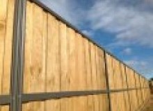 Kwikfynd Lap and Cap Timber Fencing applecross